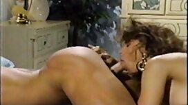 Nainen ottaa netti pornoa suihin mieheltä.