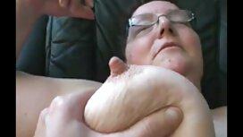 Mies-nainen nainen ilmainen suomiporno makuuhuoneessa.