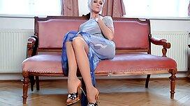 Blondi, amatööriporno jolla on täydet tissit ja pehmeä Pillu.