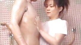 Hänellä on lyhyet hiukset suomiporno video laittaa käsi pillua kylpyhuoneessa