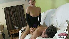 Mies, joka käyttää Gandon ja lesdo porno tyyppi Aasian naiset sängyssä