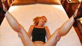 Laajennettu pomo syö työntekijä seisoo jälkeen ilmaisia seksielokuvia Syväkurkku