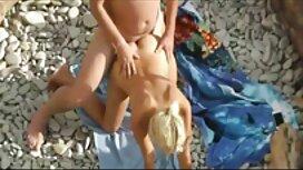 Shmara sijaitsee matolla hänen puolellaan, ja antoi anaali hän näki, että hattu, rasvaa porno ilmainen